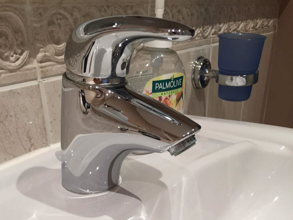 Home cleaning services Dunmow clean tap